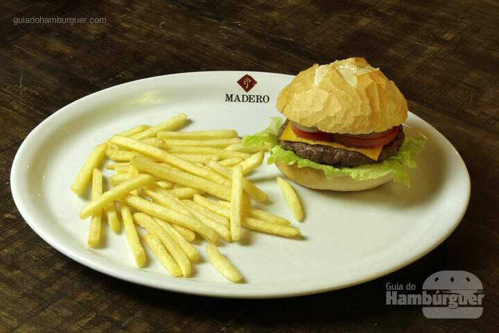 Madero Sports Bar - Cordeiro