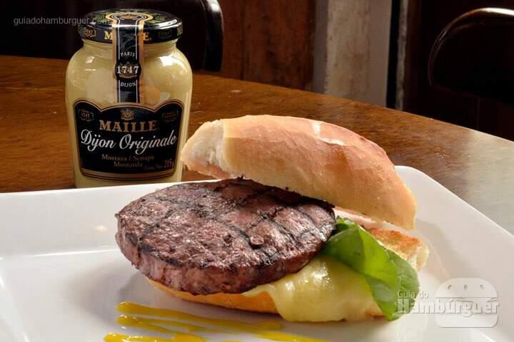 bar-botica-hamburguer-queijo-coalho