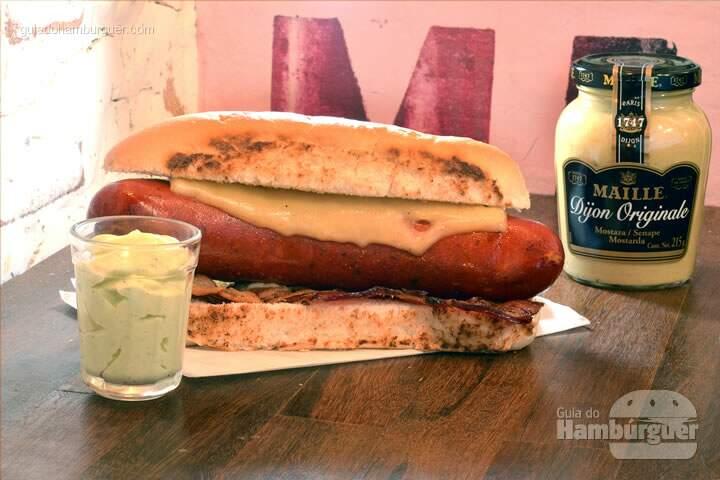 holyburger-hotdog