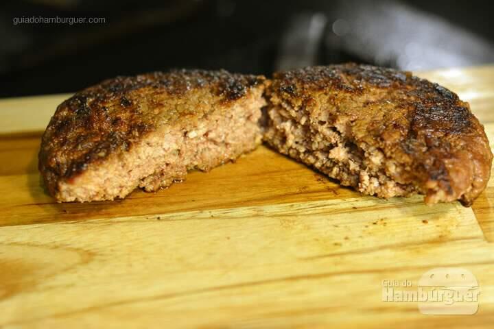 Hambúrguer bem passado - Receita hamburguer perfeito caseiro e profissional