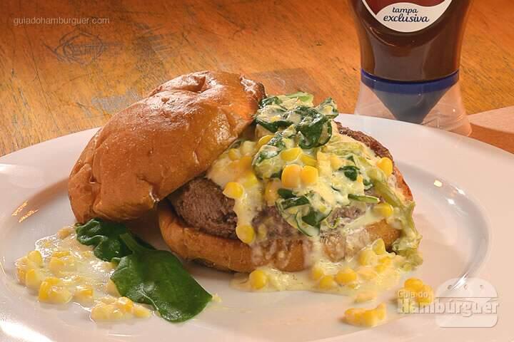 Espinafrilho: Hambúrguer Meats, creme de espinafre e milho, no pão de mandioquinha. -  R$ 33  - SP Burger Fest