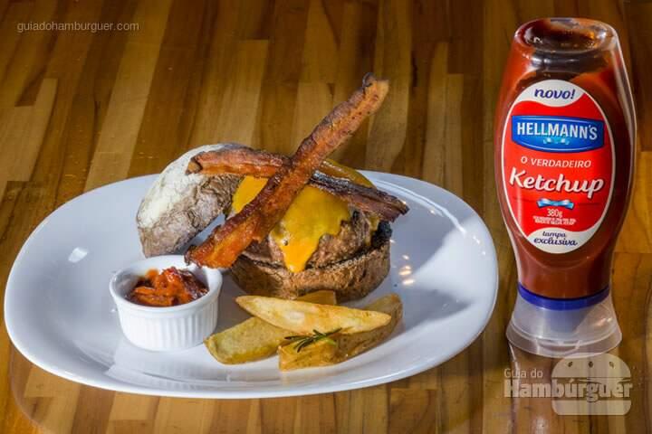 Pirata burguer Hambúrguer de 180g, queijo cheddar e bacon no pão Australiano R$ 31,00