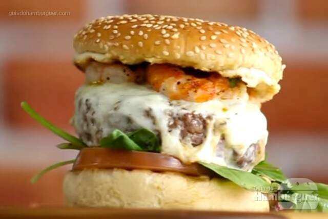 Receita de hambúrguer com camarão - Sanduba Insano