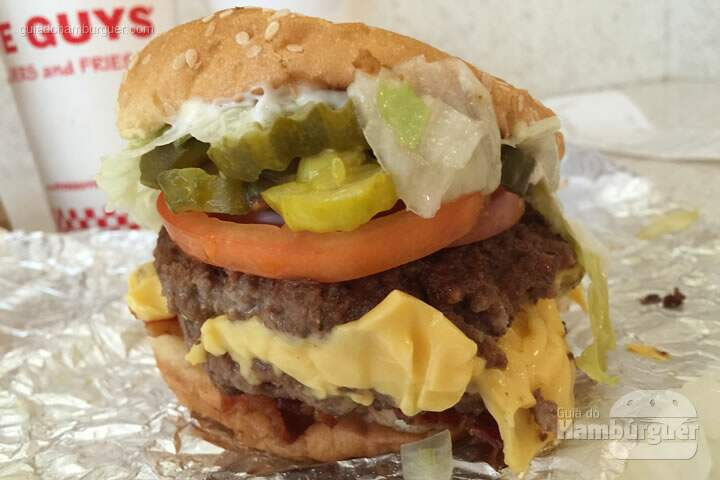 Double cheeseburger - Five Guys Burgers & Fries