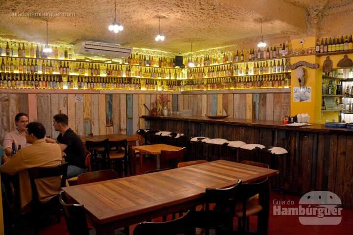Decoração com garrafas - AÉ Sagarana