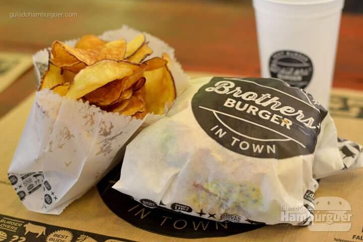 Hambúrguer cm chips de batata doce- Brother's Burger
