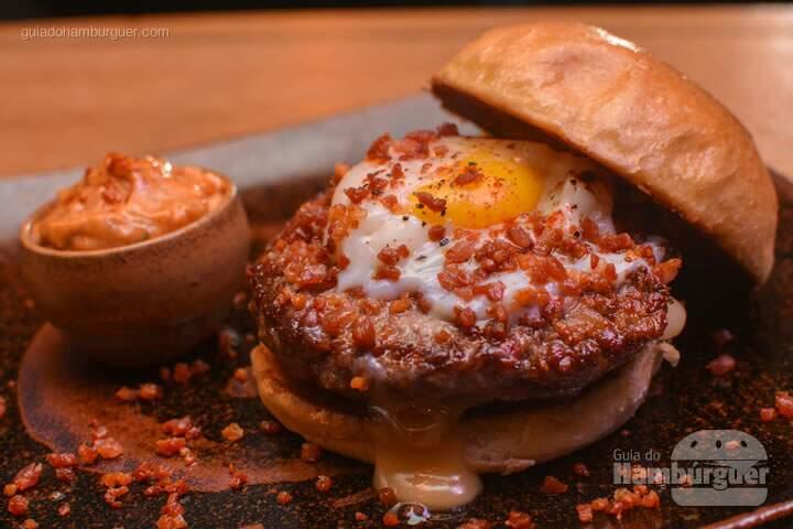 Menu degustação com 2 entradas + 2 burgers no Ícone GastroRock