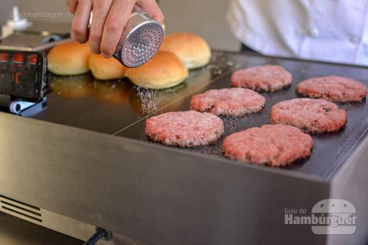 Plana a chapa para hambúrguer vitrocerâmica