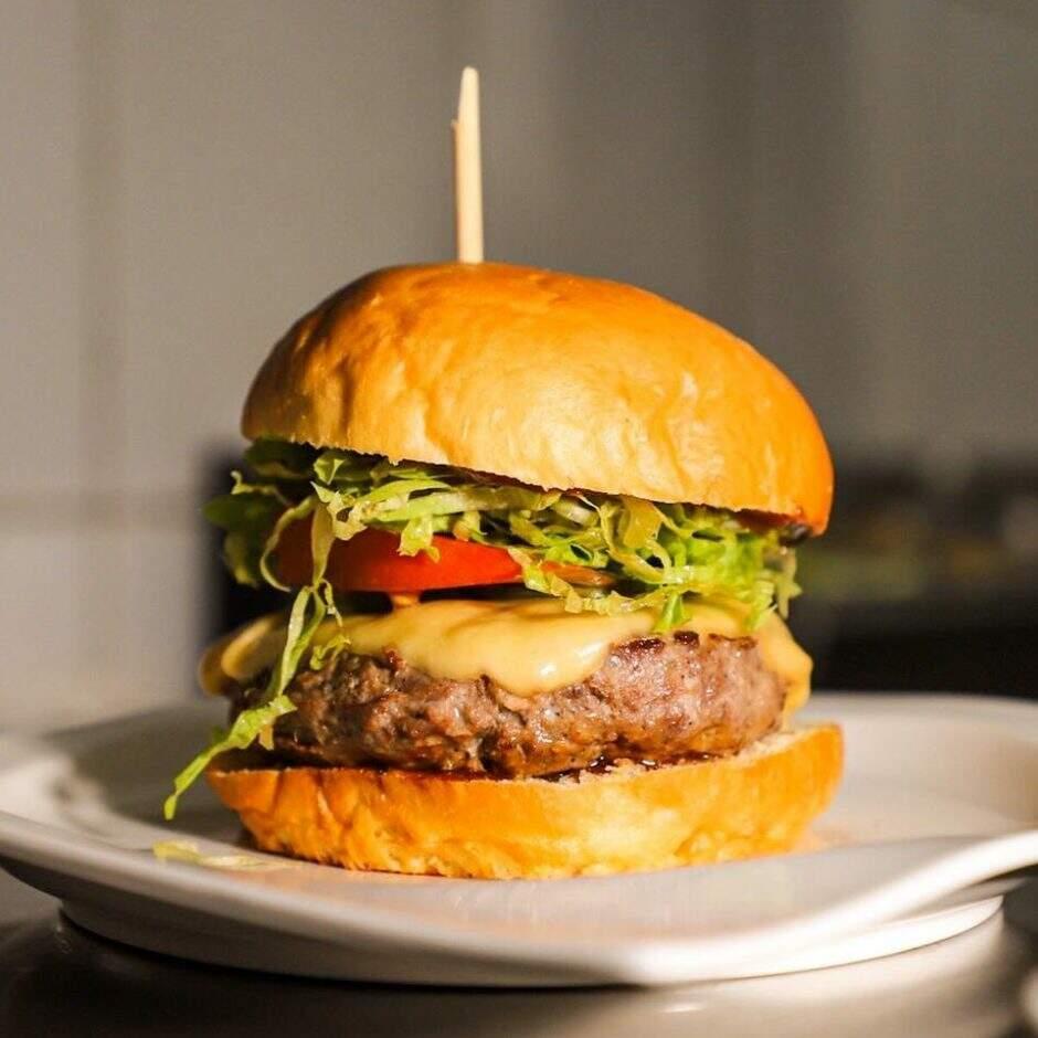 Melts Burgers & Beer